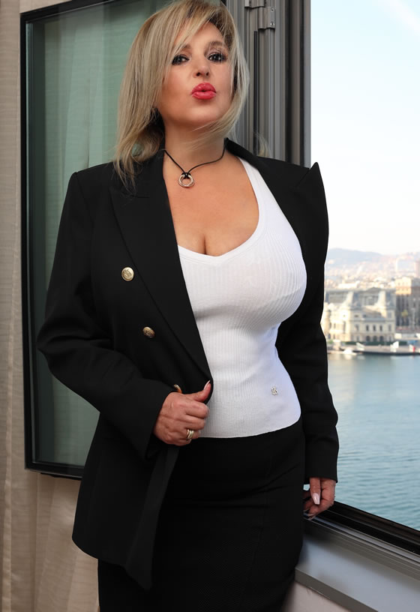 Martina Delaterra, escort en Lleida